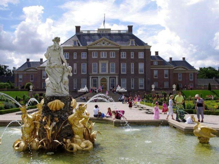 De 13 mooiste kastelen en tuinen