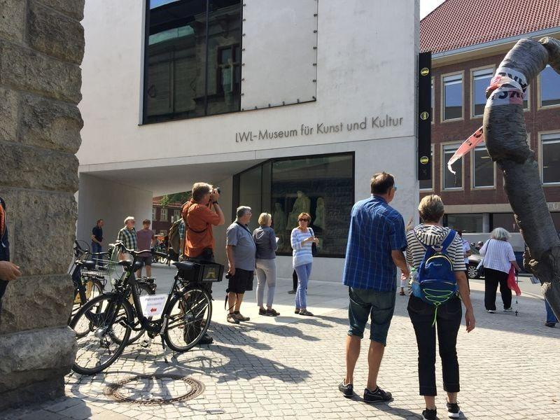 Skulptur Projekte Münster Knight en Dean