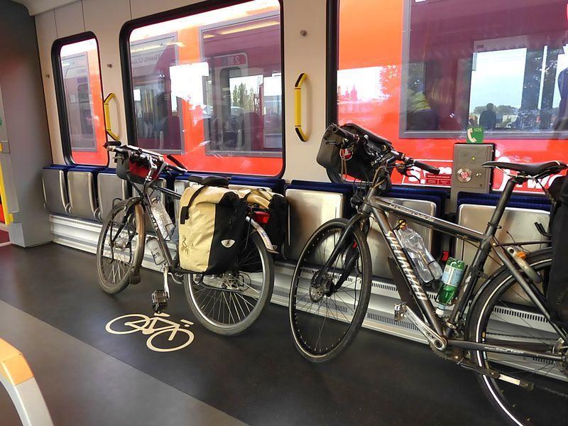 8-er de grens, fiets-mee-voor-grenzenloos-avontuur_web