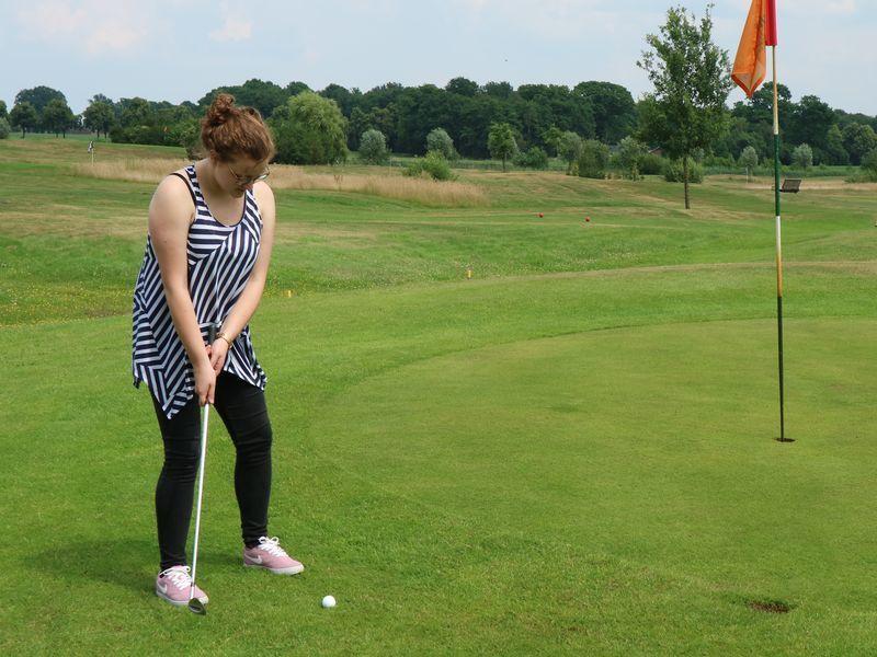 pitch und putt., golf