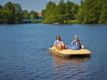 Op de waterfiets door het centrum van Nordhorn