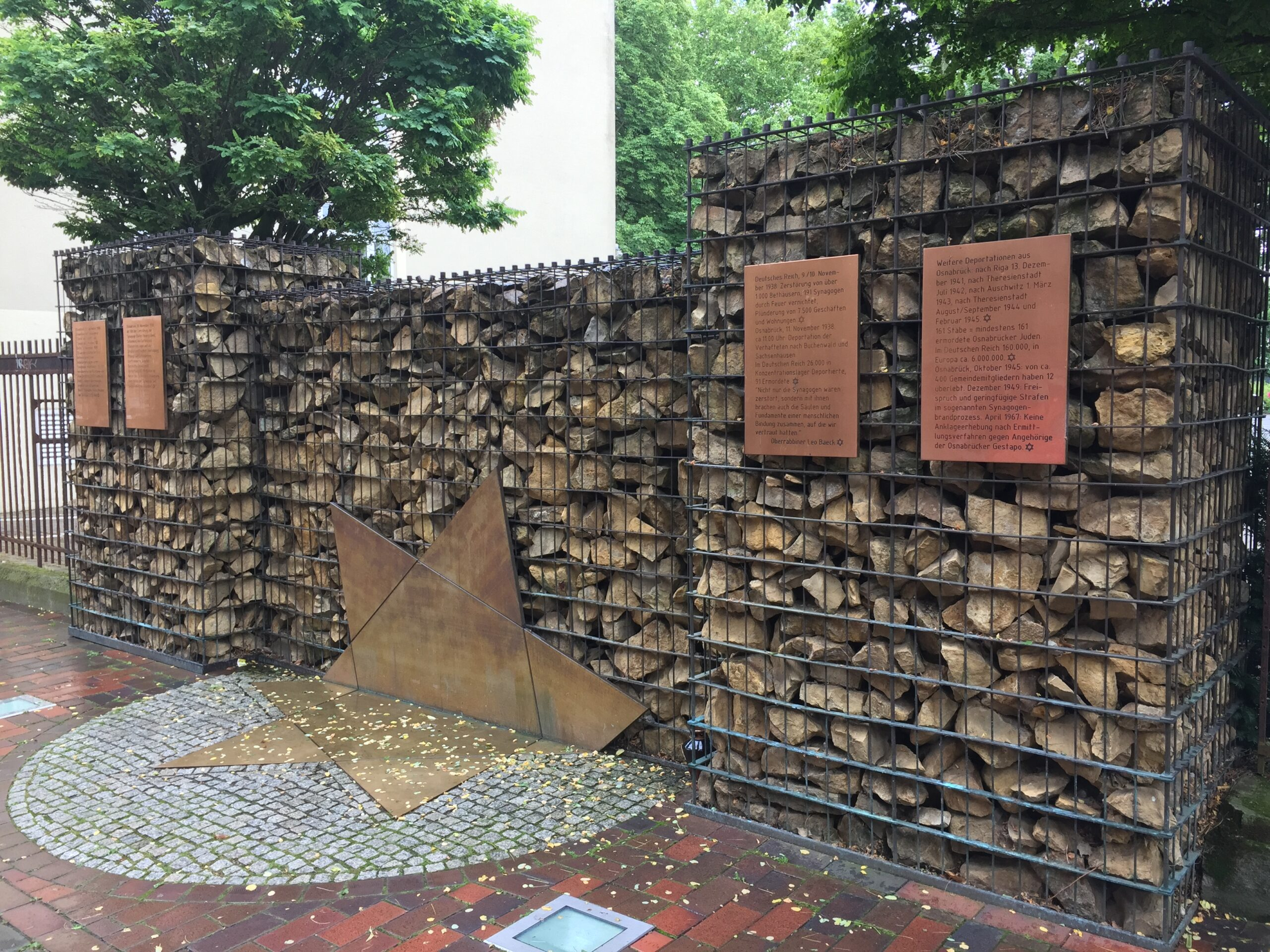 Monument Alte Synagogenstrasse (c) Ingrid Bosman